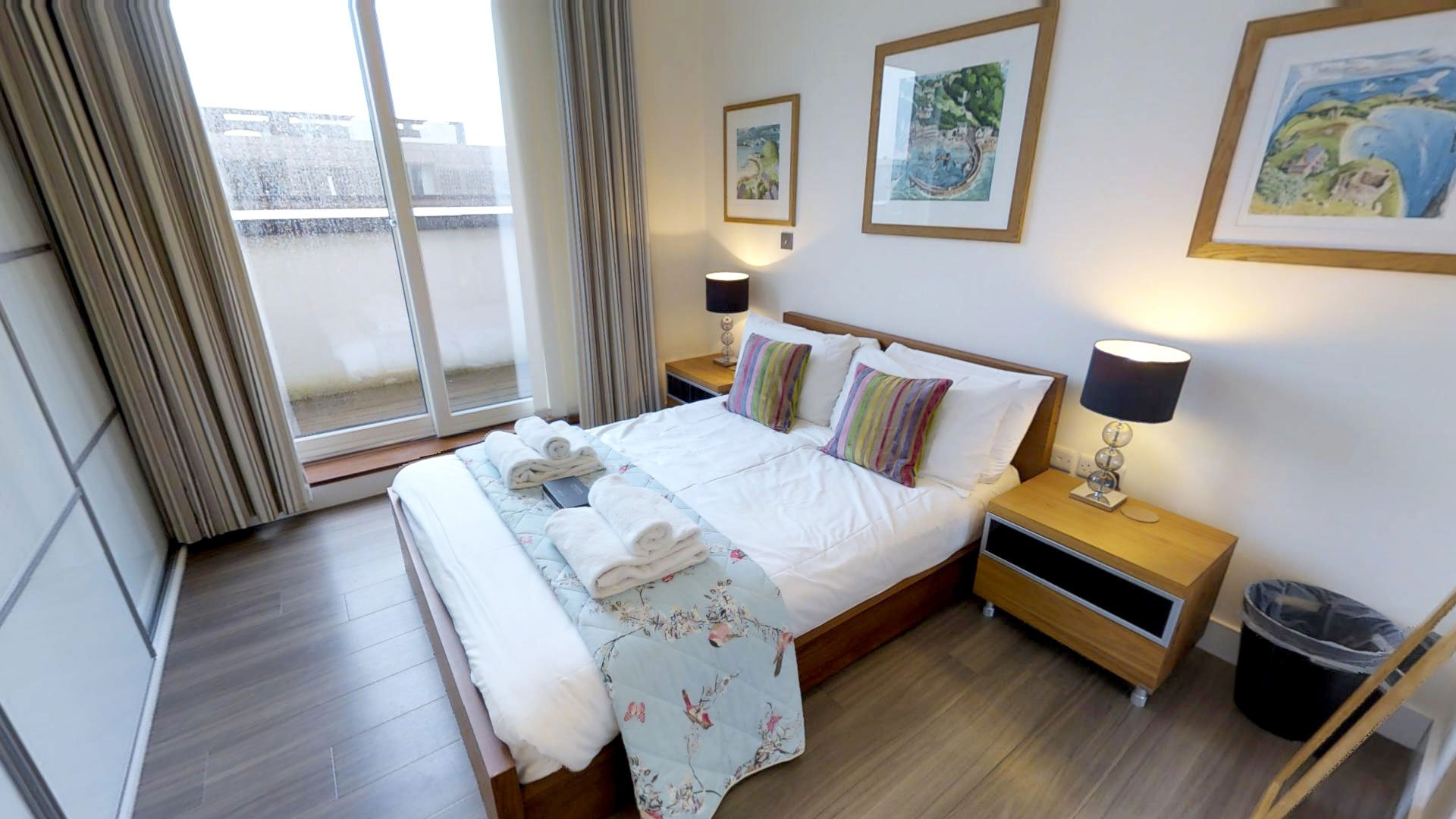Modern, spacious apartments in Cambridge ideal for corporate ventures, city breaks and for those travelling the country.
